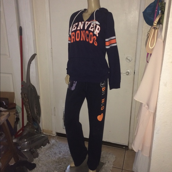 NFL BRONCOS sweatshirt and sweatpants set VS PINK.  M 5b5136465c4452f21af2d679 1ecc5dc3a